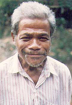 Uja Anak Lahai of Pertak Village (photo: Antares)
